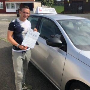 Congratulations to Damon Shennan for passing his driving test first time on 04/06/2018 in sale with trainee instructor Kieth. Well done guys